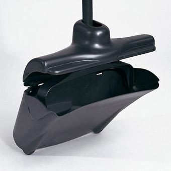 Rubbermaid [2532] Lobby Pro™ Upright Dust Pan w/ Self-Opening/Closing Cover