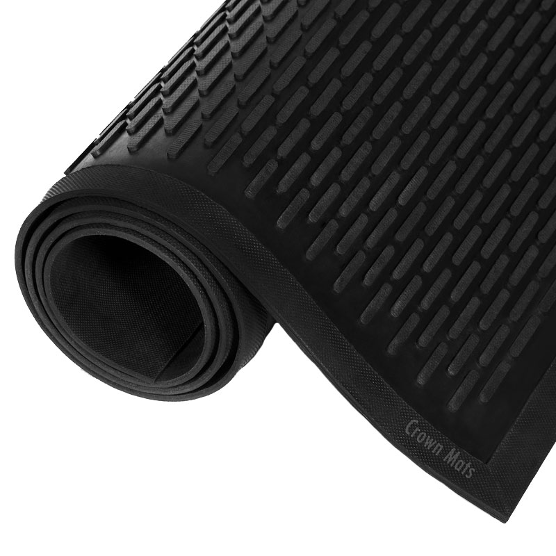Crown-Tred Outdoor Rubber Scraper Mat