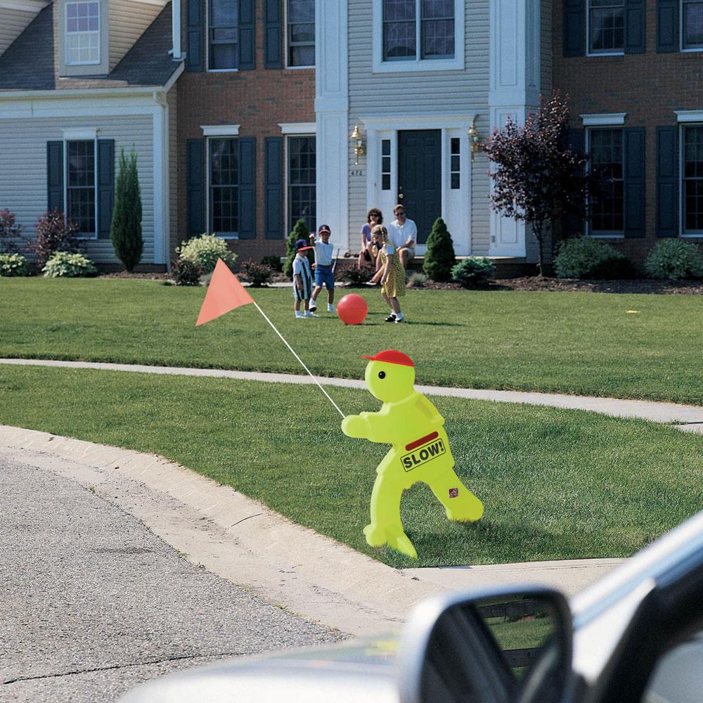 step  kid alert children at play safety signal  unoclean -